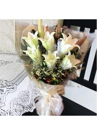 Premium Lily Bouquet  02