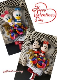 Valentine's Limited: Soap Rose & Toy Bouquet- Mickey & Minnie / Donald & Daisy